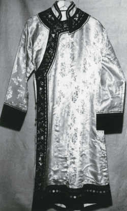 Распашной халат из шелка и сатина